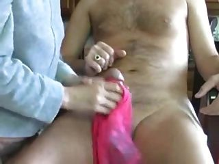 Mama panty handjob (cum en panty)