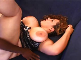 Enorme boobed bbw interracial anal