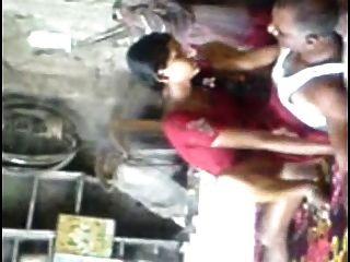 Anuradha joven marathi follada por los viejos