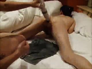 Amateur japonés anal fisting 6