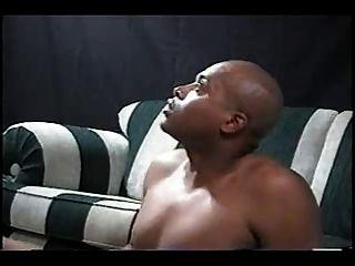 Mujer rubia del sur se follan y creampied por el hombre negro