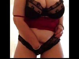 Abuelita sexy abofetea tetas enormes tiras