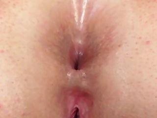 Rubia espesa caliente en ropa interior sexy necesidad bbc