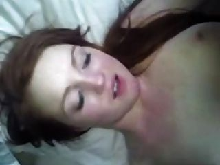 Hot redhead gf 1ª vez anal (5 estrellas)