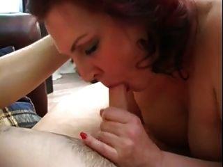 Hot russian mature loves polla joven y cum
