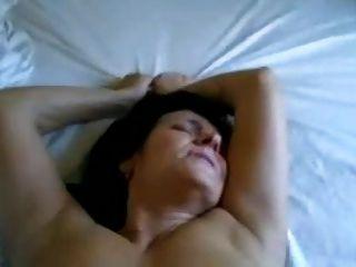 Abuelita (pov) # 28 misionera con un gilf tetona en la cama