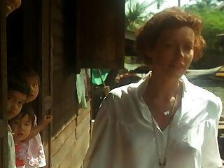Emmanuelle (1974) con sylvia kristel