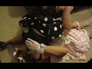 Sissy satén limpieza spanked \u0026 cum por madame c