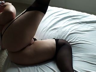 Hermosa desnuda tía