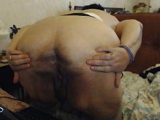 Gran tit natasha muestra gran asno oma