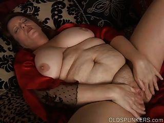 Hermosa vientre grande y boobs maduro bbw folla su coño mojado