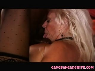 Gangbang aarchive cuckold abuelita con toros negro partido
