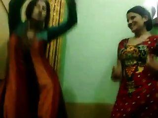Pakistaní caliente no tías disfrutar de la danza