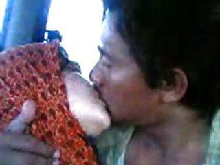 Malayo awek tudung kelantan cium lam van