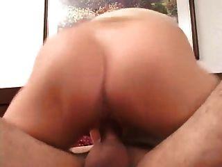 Bonita MILF folla 2 hombres anal grandes cumshot