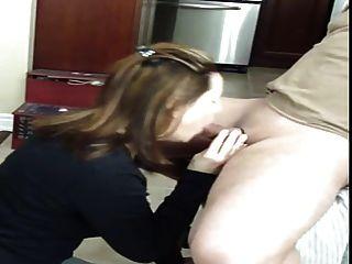 Mamada con semen en la boca y tragar
