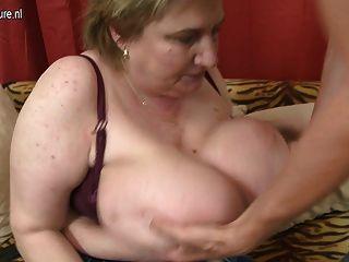Mamada enorme breasted bbw conseguir follada por su juguete niño