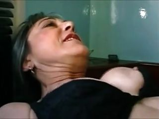 Sexy bbw anal duro maduro francés follada en una limusina 2