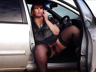 Eros y música bbw por un coño peludo, humo en el coche