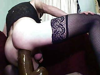 Blanca anal puta rugosa montar una gran polla negra