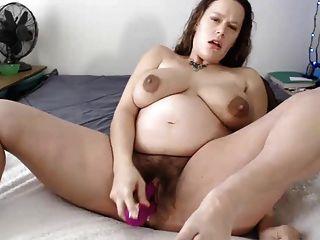 Mujer embarazada le gusta masturbarse