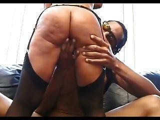 Sexy maduro en medias folla negro chico