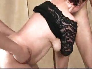 2 madura con grandes senos caídos en gangbang