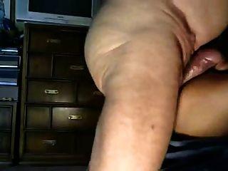 Abuelo perforar mi agujero de maíz con su pinchazo hinchado