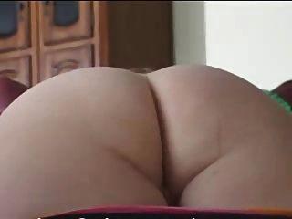 Madura tiene su culo fino jodido y creampied