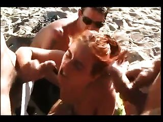 Playa desnuda hot redhead dp gangbang cim faciales