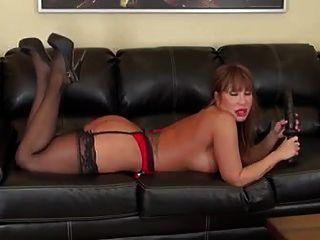 Asiático milf ava enorme negro consolador anal