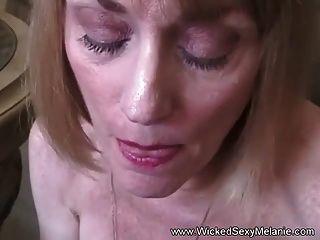 Tener sexo con mi milf favorita