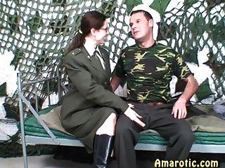 Juego de rol 6: sexo del ejército