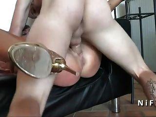 Bonita amateur francés babe duro anal follada por su bf