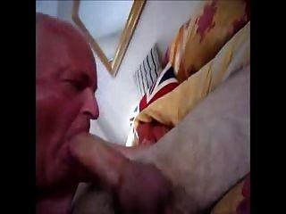 Facefuck abuelo y largo dick boy