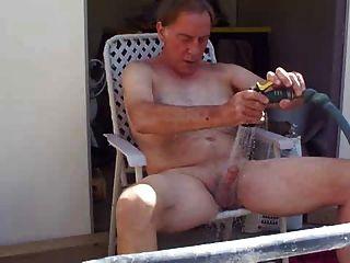 Papá se masturba en el balcón