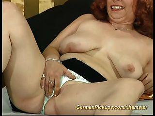 Pickup alemán tetona para el verdadero sexo aficionado