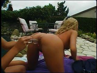 lesbianas con coño peludo comiendo coño