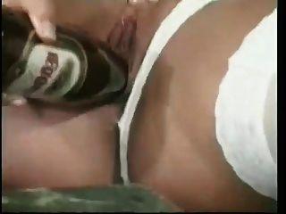 romper la masturbación con una botella