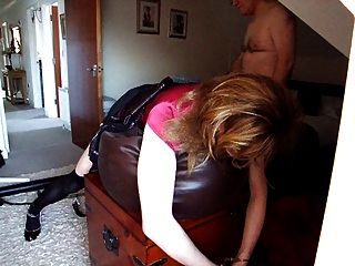 elisabeth siendo caned