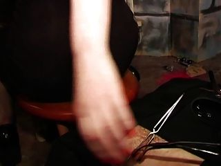 castigo por las amantes de la posh en el castillo