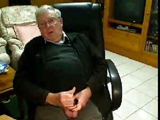 el abuelo se masturba