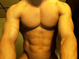 hombres musculosos gran polla