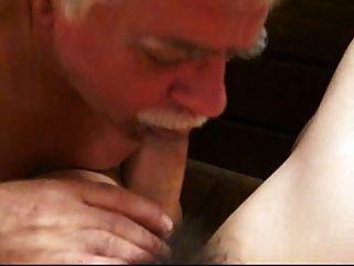 bigote papá soplando 4