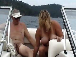 esposa en el barco.