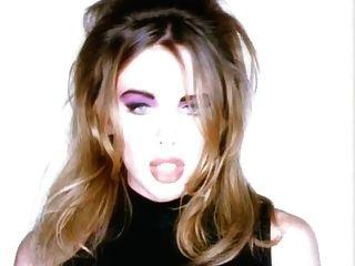 ¿Que tengo que hacer? video porno pequeña rubia anal
