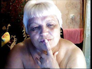 abuelita rusa desnuda