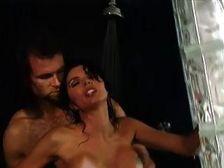 anna malle follando anal en la ducha