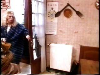 hombre viejo follar a la mujer tetas grandes, a continuación, más joven