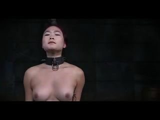 flagelación de pecho de un chino m